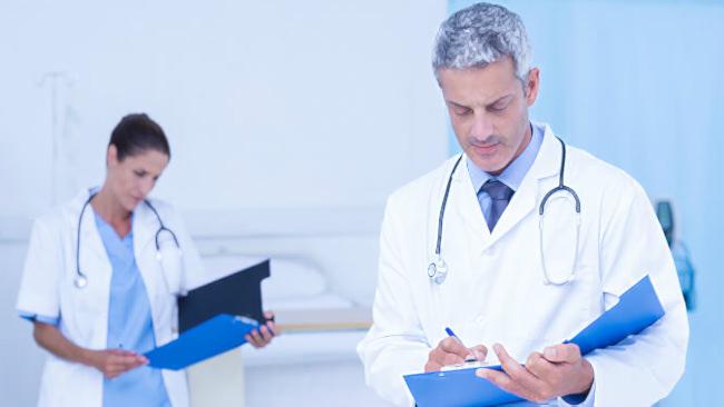 онкологи читают истории болезни