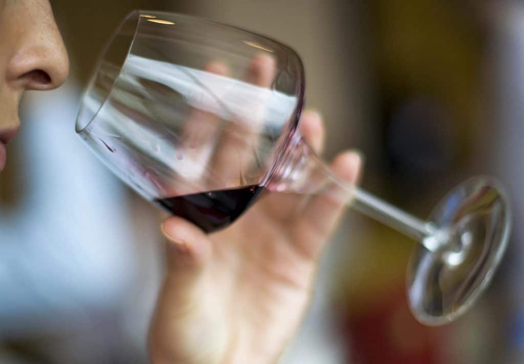 Можно ли пить алкоголь при лучевой терапии — АНТИ-РАК