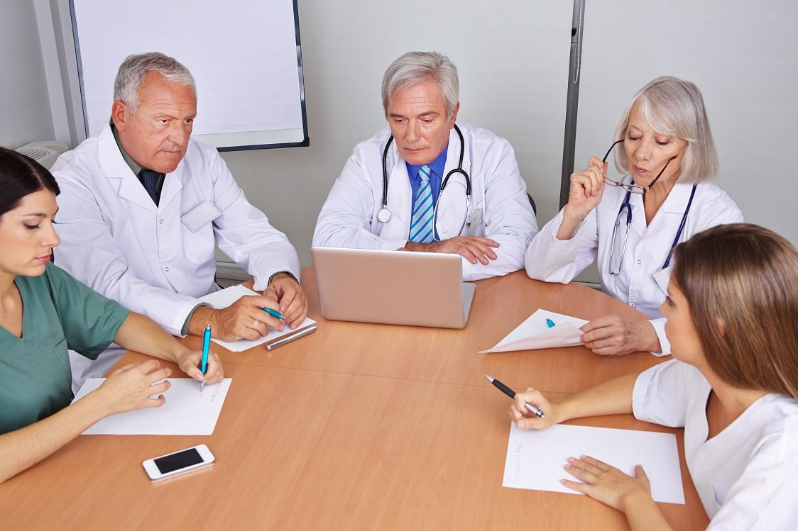 Консилиум докторов