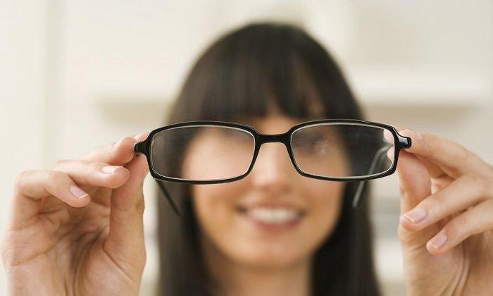 Ухудшение зрительной деятельности