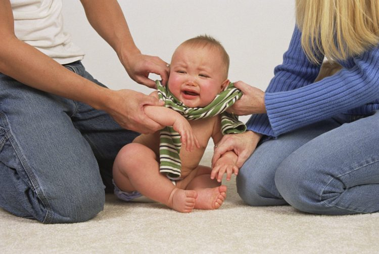 Плачь малыша