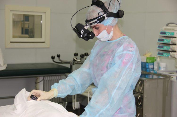 Операция лазером