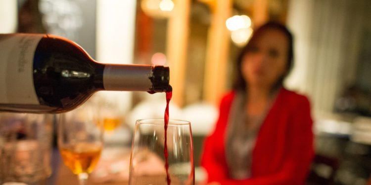 Злоупотребление алкогольной